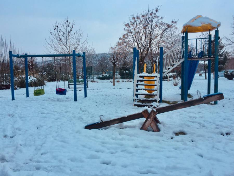 karda oyun parkı